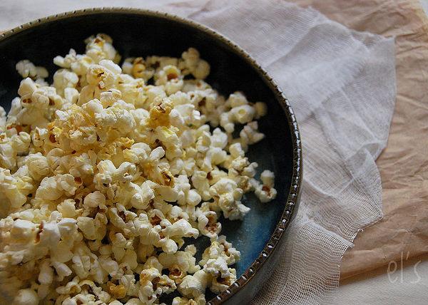 Popcorn au sirop d'érable et sel de Guérande