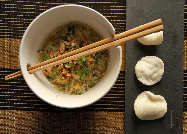 Salade asiatique aux crevettes et vermicelles