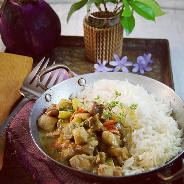 Poulet curry et lait de coco pour ce soir et sur le blog !