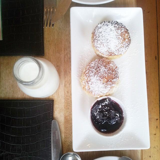 Scones pour le petit déj à Cork