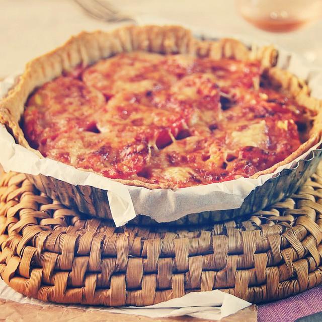 {NEW POST} Je vous offre une petite part de tarte thon, tomate et moutarde ?!
