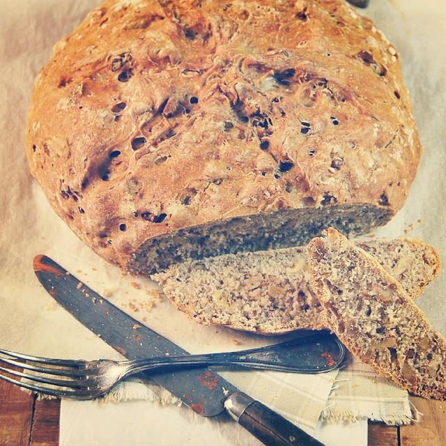 {NEW POST} Rien de tel qu'un bon pain aux noix,  surtout quand il est fait maison ♡