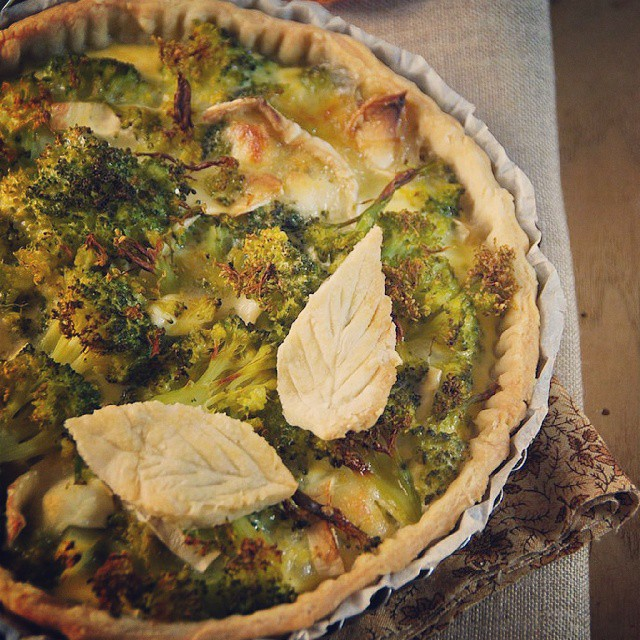 Sur le blog ce soir, c'est tarte fromage et brocoli, une association qui fonctionne à merveille...