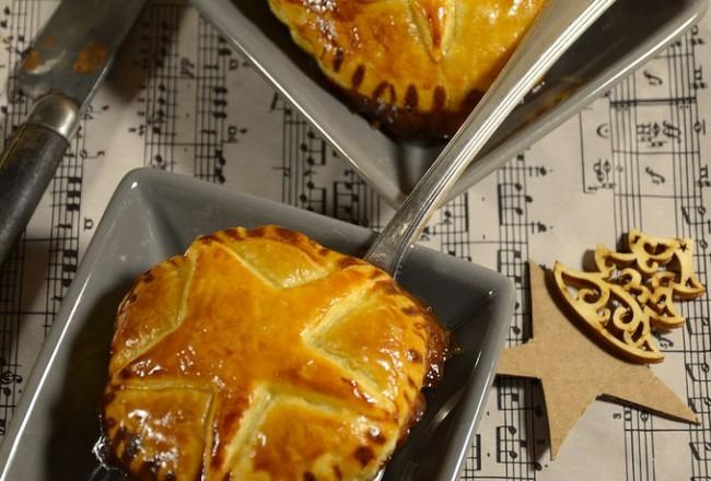 Chausson au foie gras et confit d