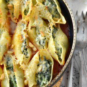 Pâtes conchiglioni farcies à la ricotta et aux épinards