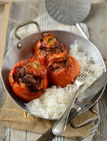 Tomates farcies au four et riz maison