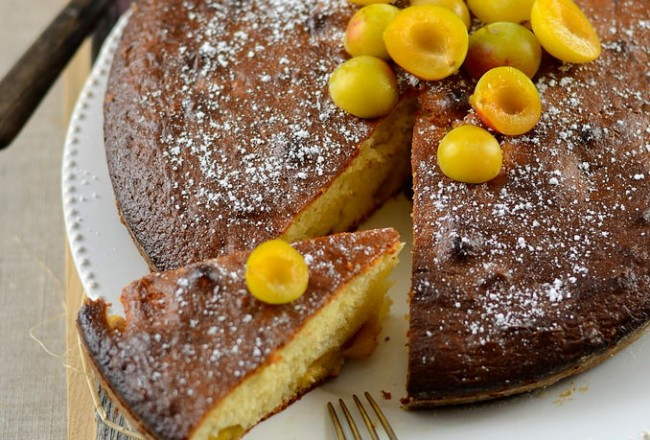 Gâteau au yaourt aux prunes mirabelles