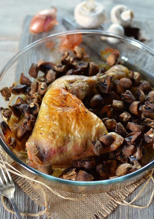 Cuisse de poulet rôti au four aux champignons