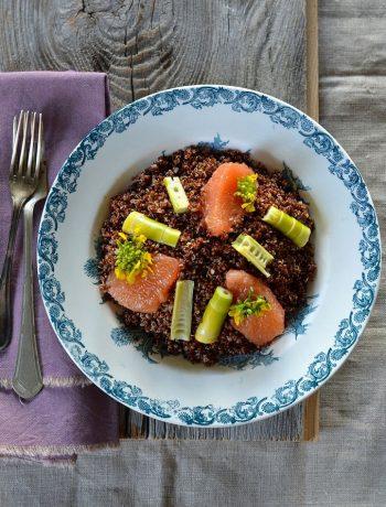 Salade de quinoa aux pousses de bambou fraiches et pamplemousse