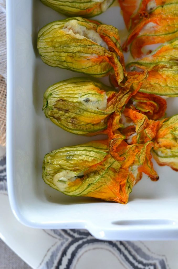 fleurs de courgettes au four farcies la ricotta recette tangerine zest. Black Bedroom Furniture Sets. Home Design Ideas