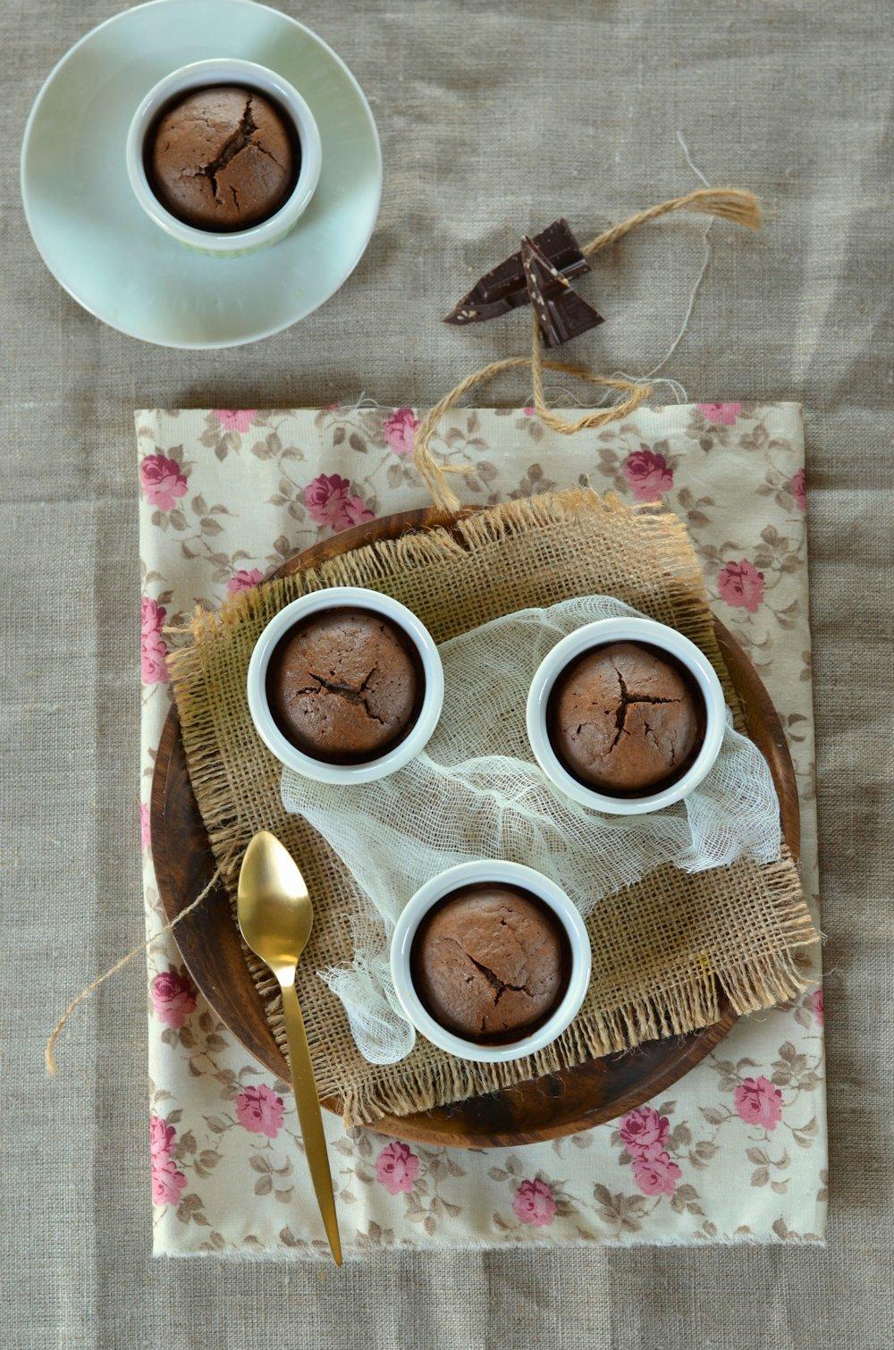 Moelleux au chocolat à la purée d'amande et écorces d'orange