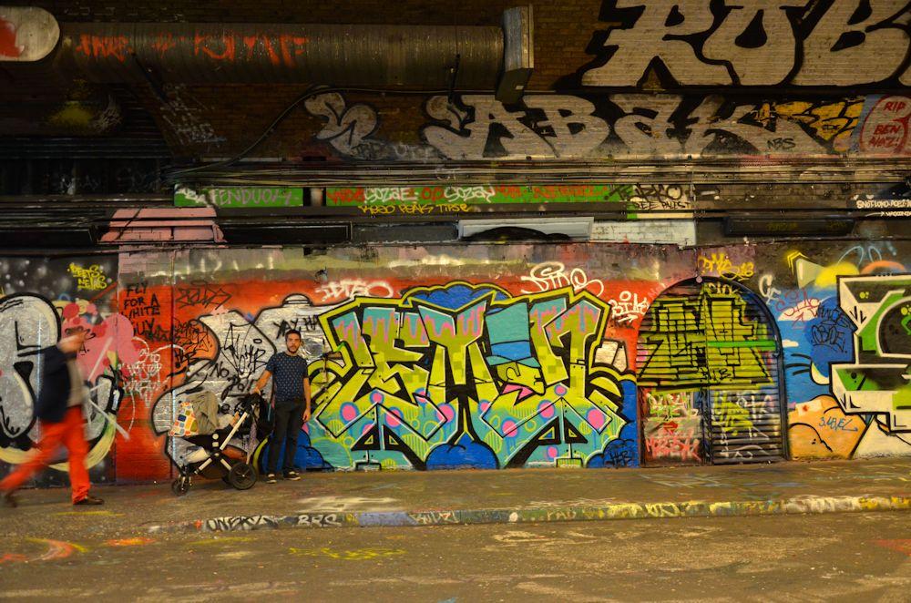 Tunnel des tags d'artistes - Voyage à Londres, en famille