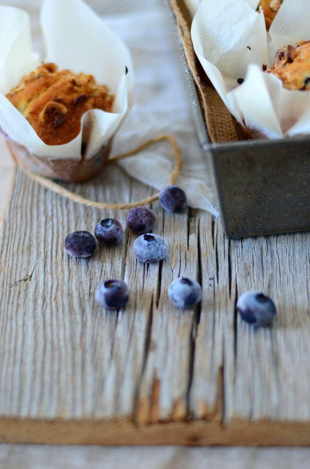 Les meilleurs muffins aux myrtilles avec un crumble aux noisettes