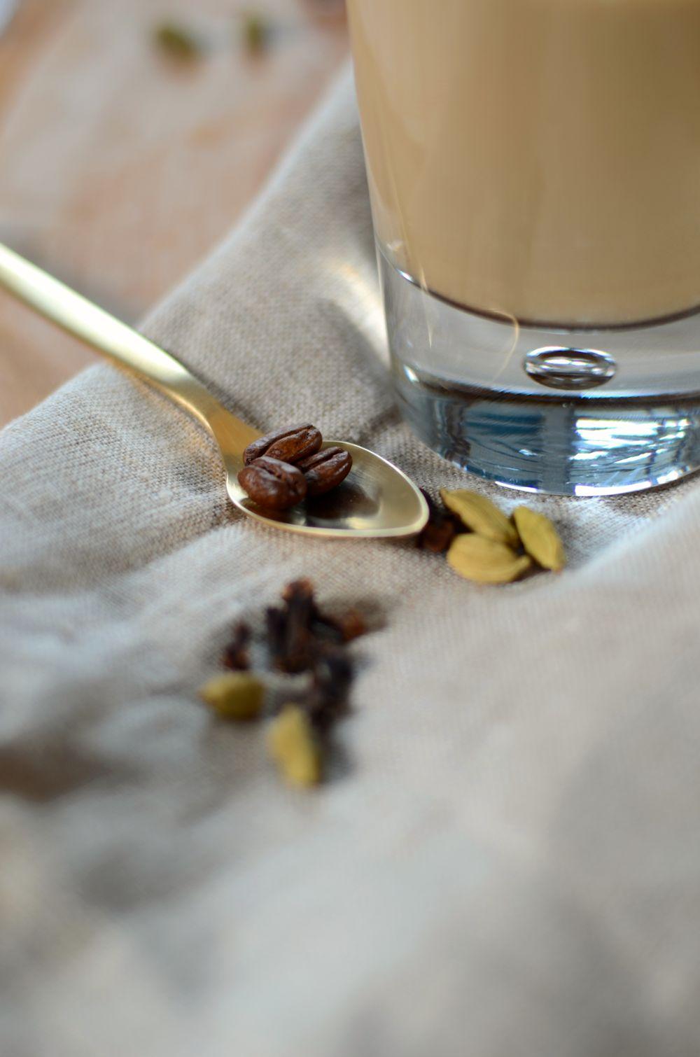 cafea latte chau