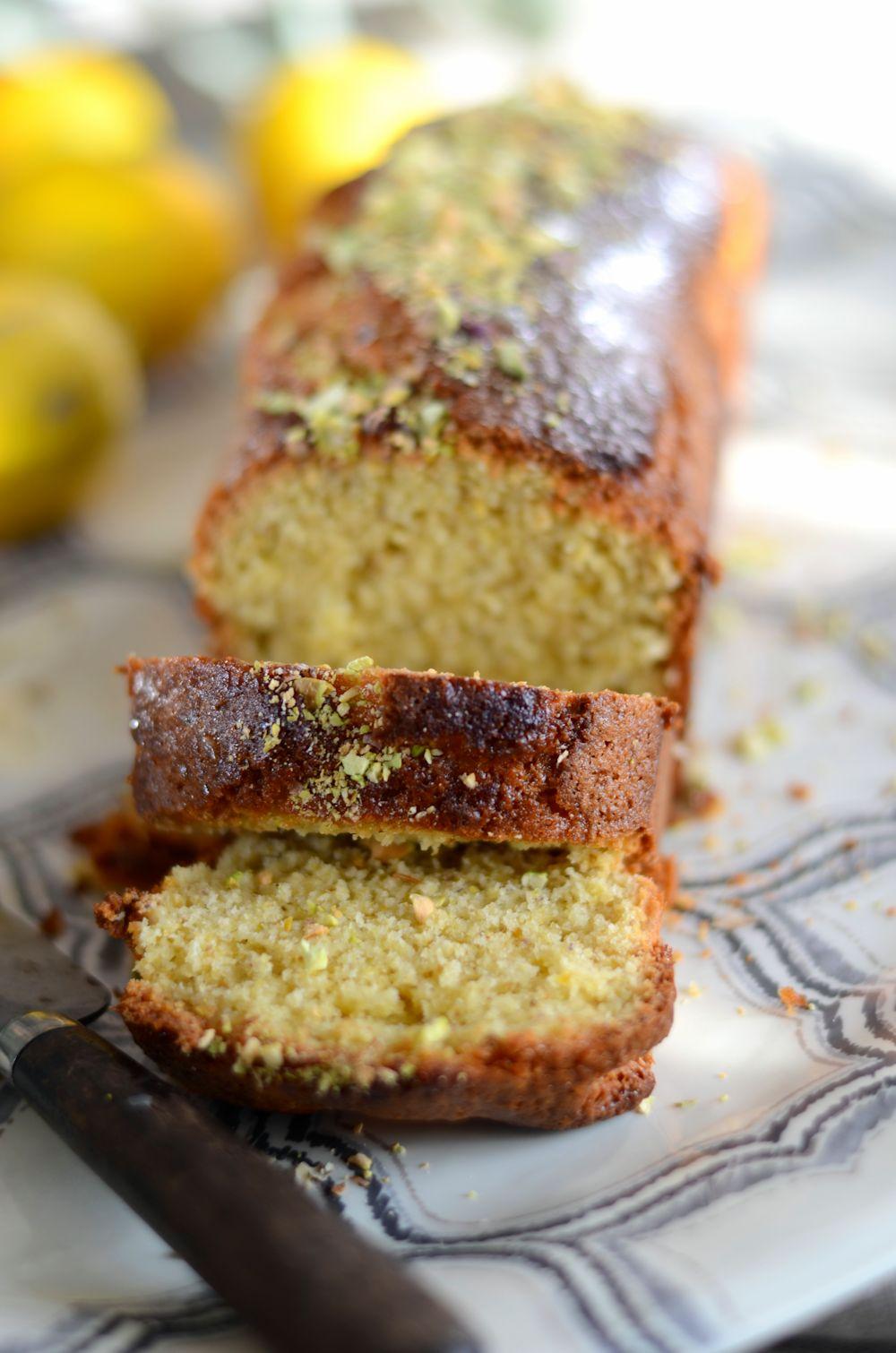 Cake au citron et aux pistaches