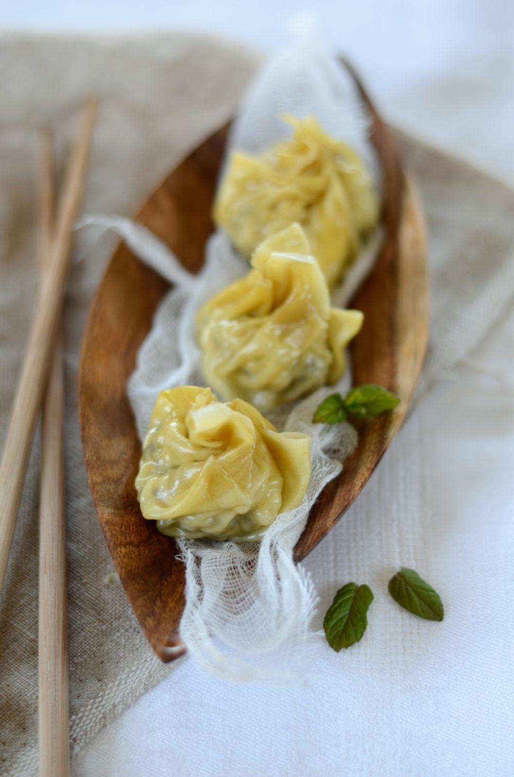Ravioli chinois à la vapeur, au poulet et au citron