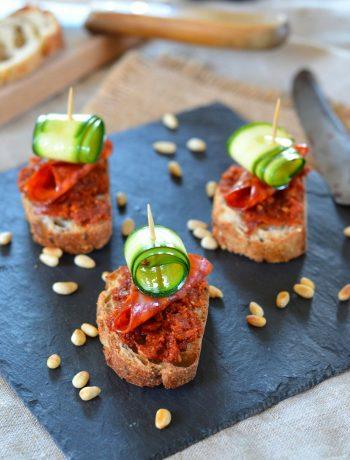 Toast de pesto de tomate séchée et Pata Negra Labeyrie