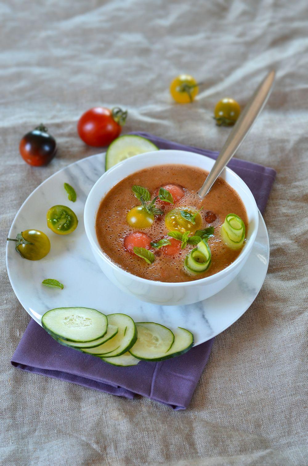 Gaspacho de pastèque, tomate et menthe