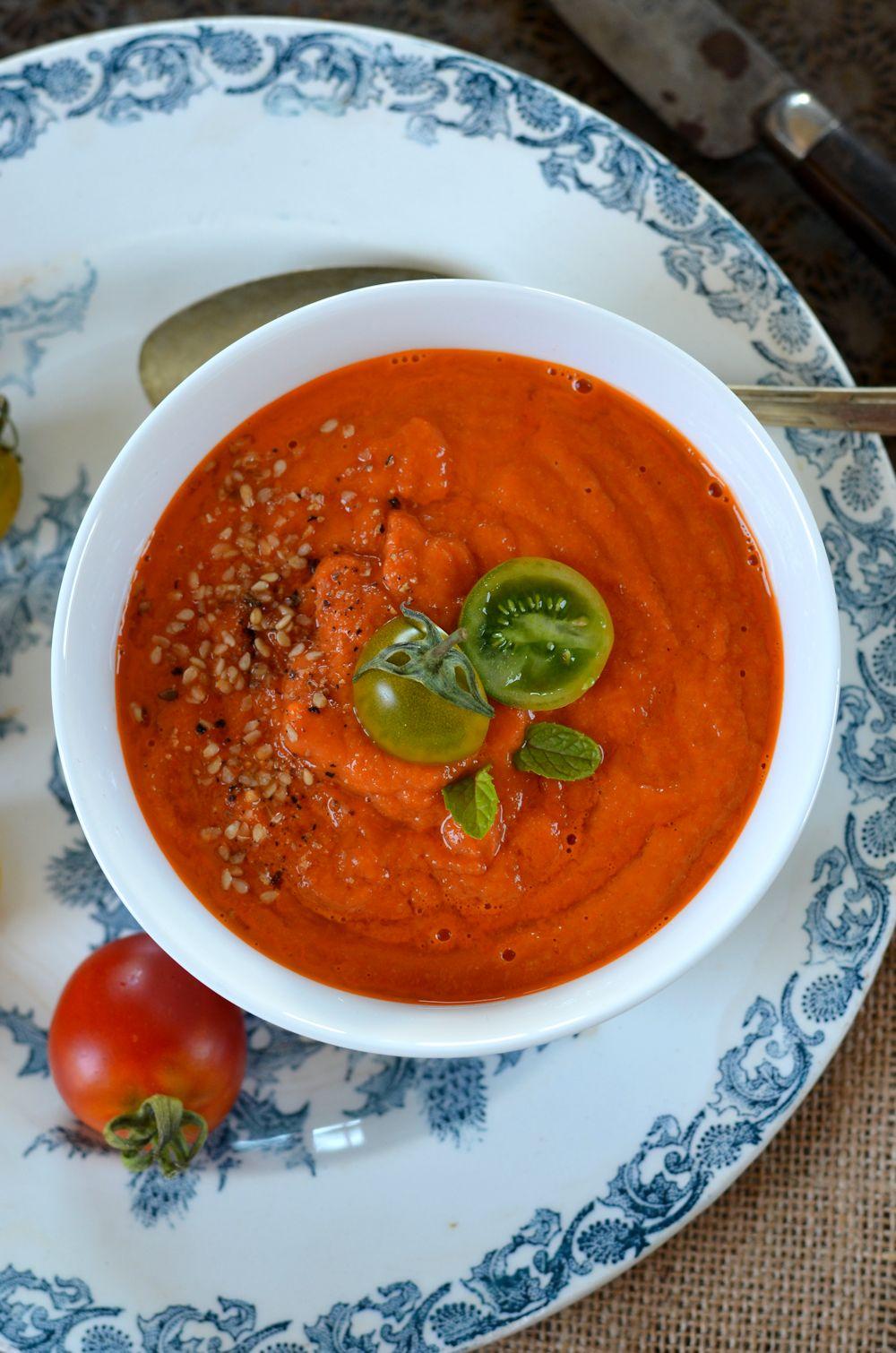 Soupe de tomates rôties {à manger chaude ou froide}