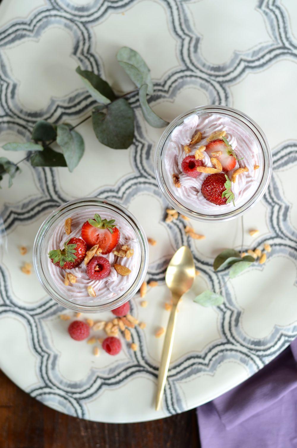 Verrine de Mousse de fraise, framboise et mascarpone