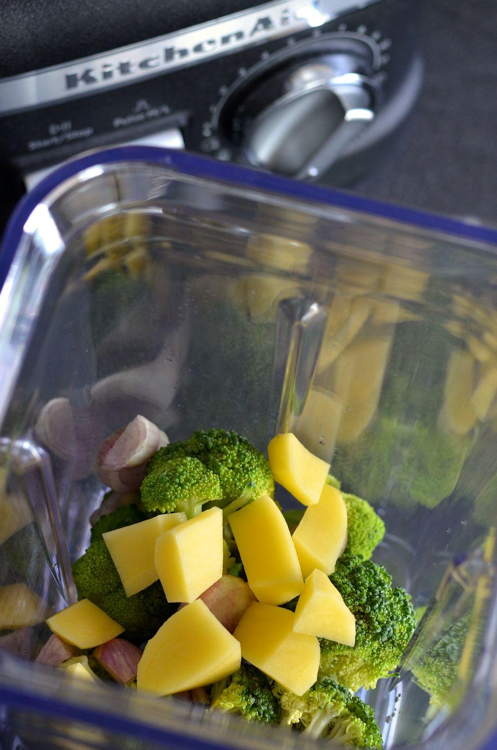 Velouté de brocolis et fromage frais