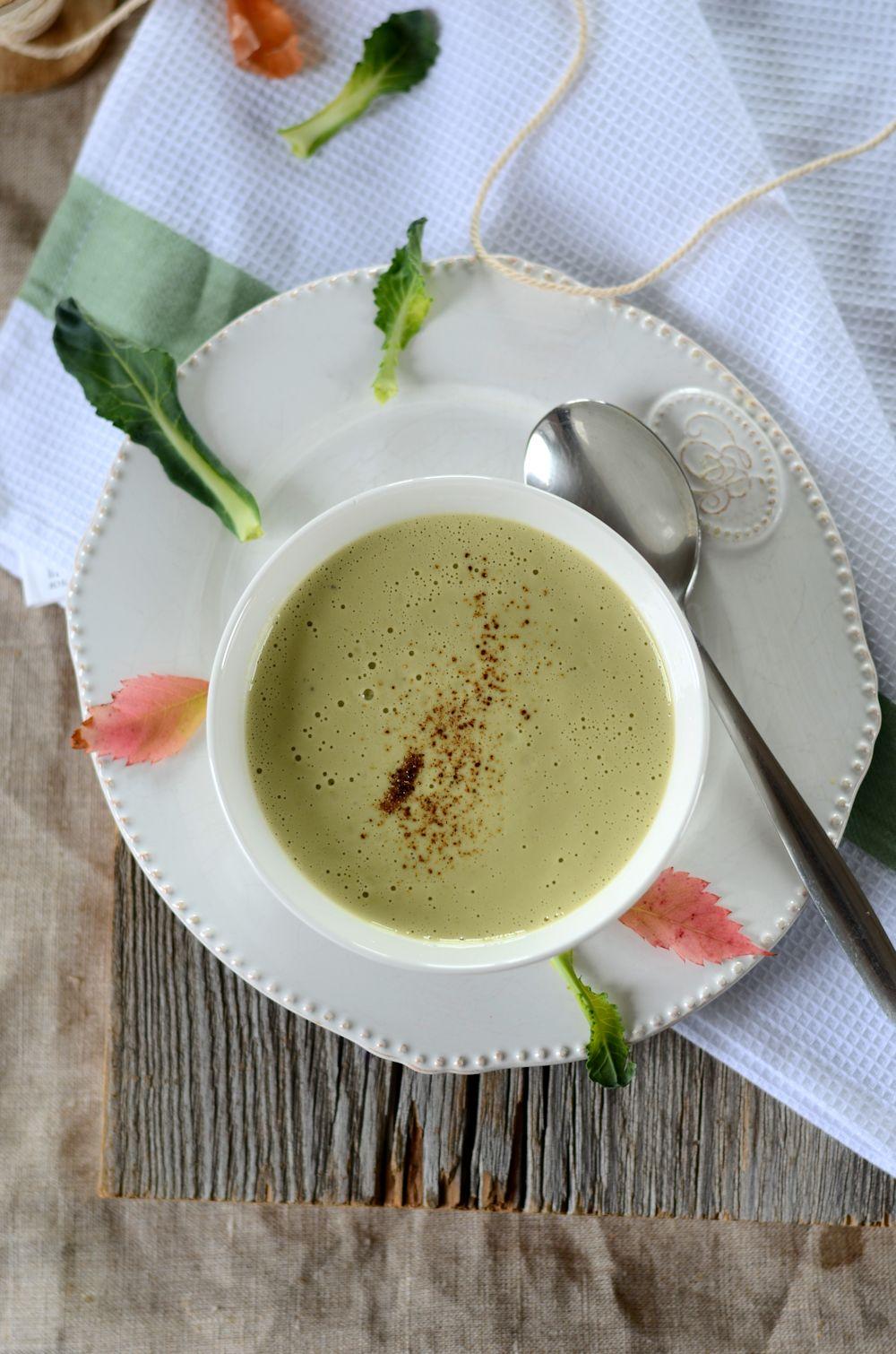 Velout de brocolis et fromage frais recette tangerine - Cuisiner des brocolis frais ...