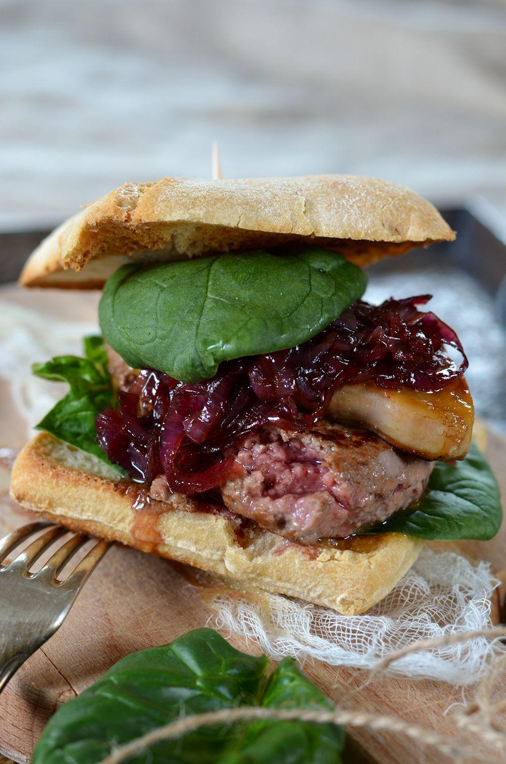 Burger Rossini au foie gras et confit oignon