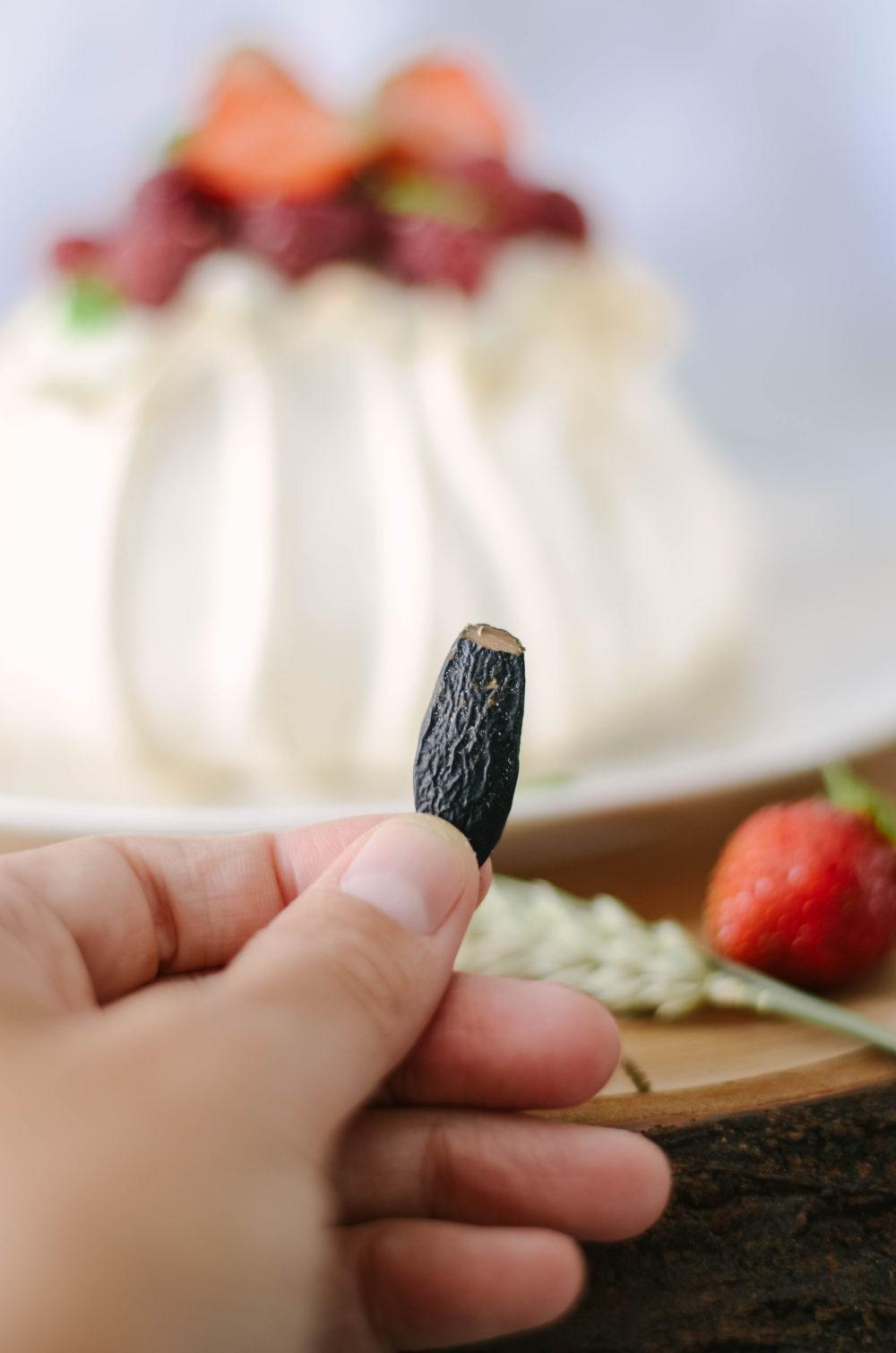 pavlova fruits rouge feve tonka
