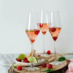 Cocktail rosé au crémant et framboise