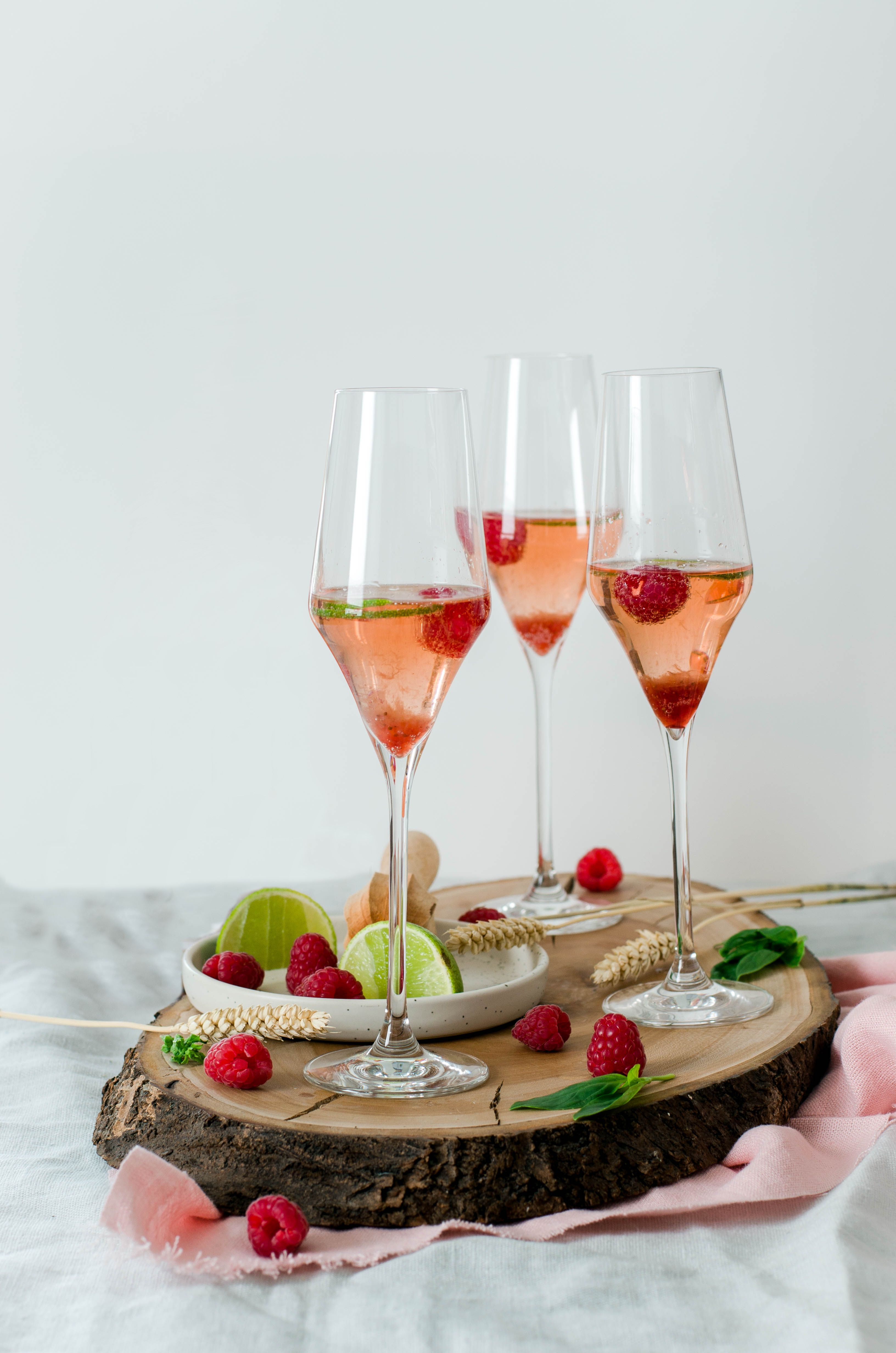 Cocktail rosé à la framboise