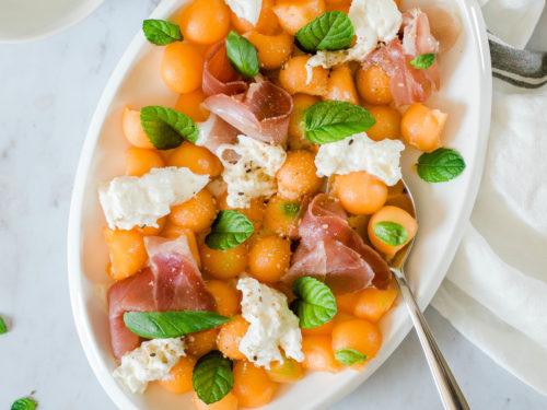 Salade de melon, mozzarella et jambon cru