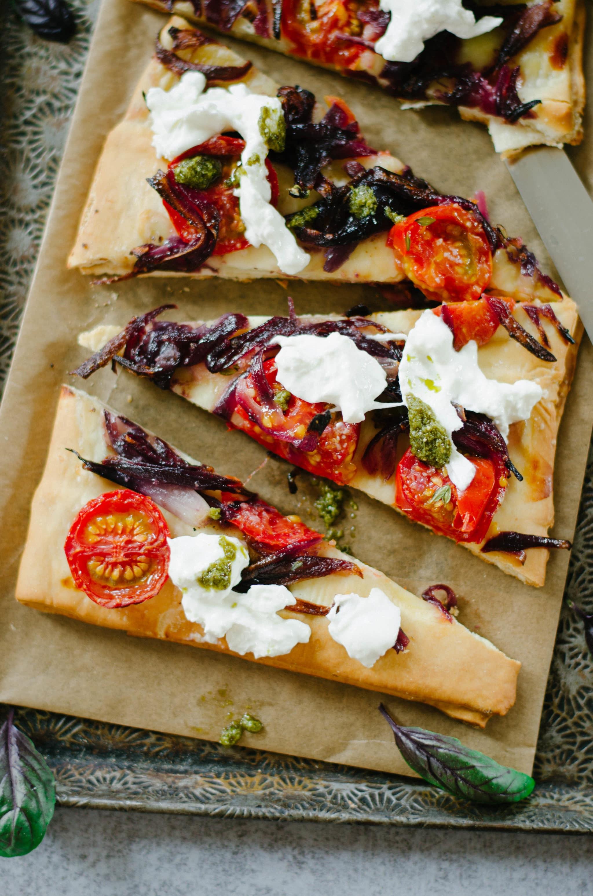 Foccacia oignon burrata tomate