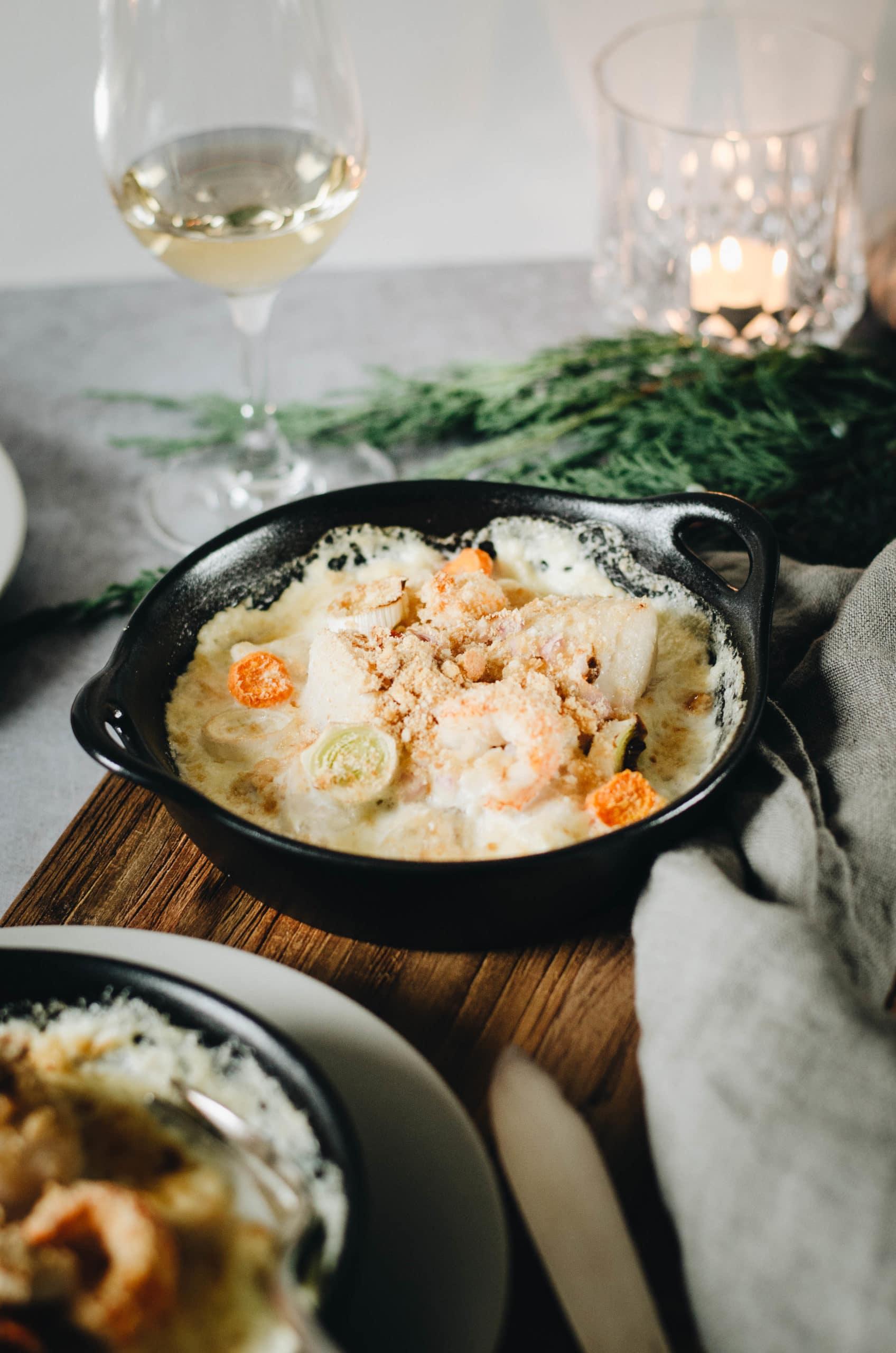 Cassolette de poisson au four et petits légumes
