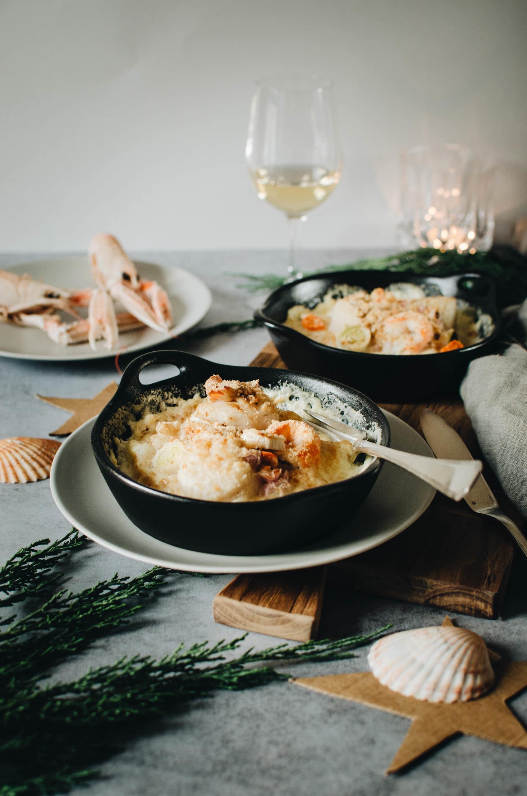 Cassolettes de fruits de mer au four et légumes