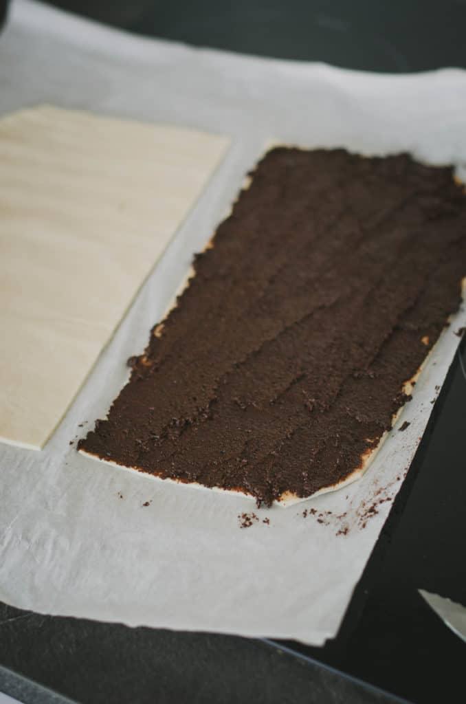 Recette biscuits apéritifs roulés tapenade