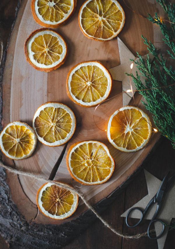 Oranges en tranches séchées au four en déco ou à manger