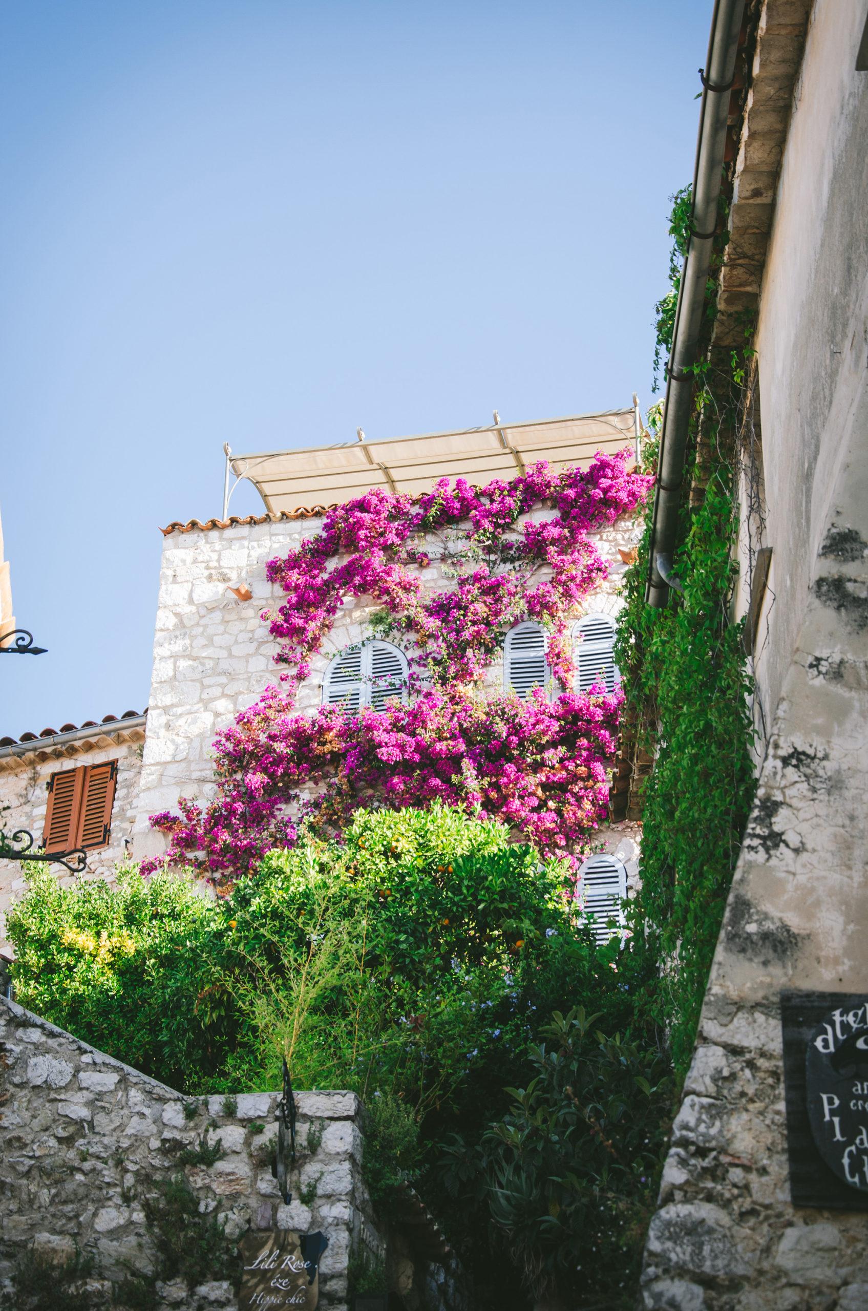 5 choses à faire sans voiture dans la Riviera autour de Nice - Village Eze