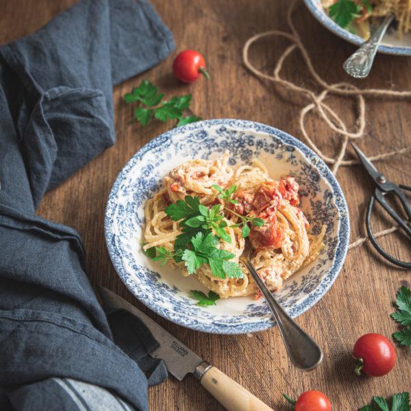 Pâtes feta et tomates rôties au four {baked feta pasta}