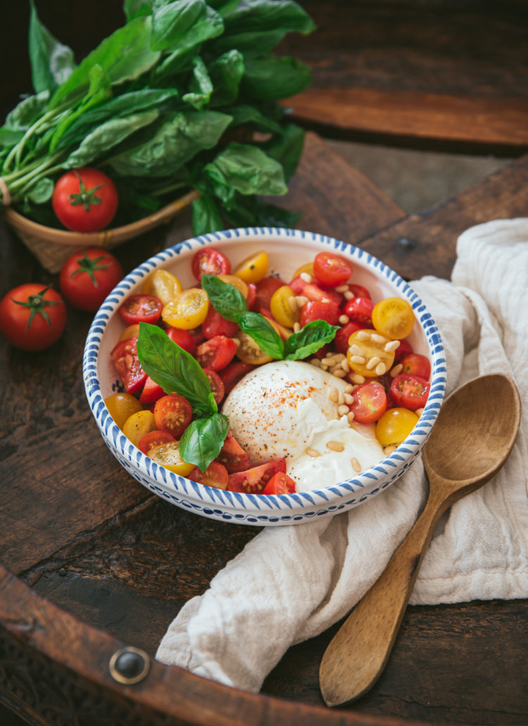 salade tomate burrata mozzarella